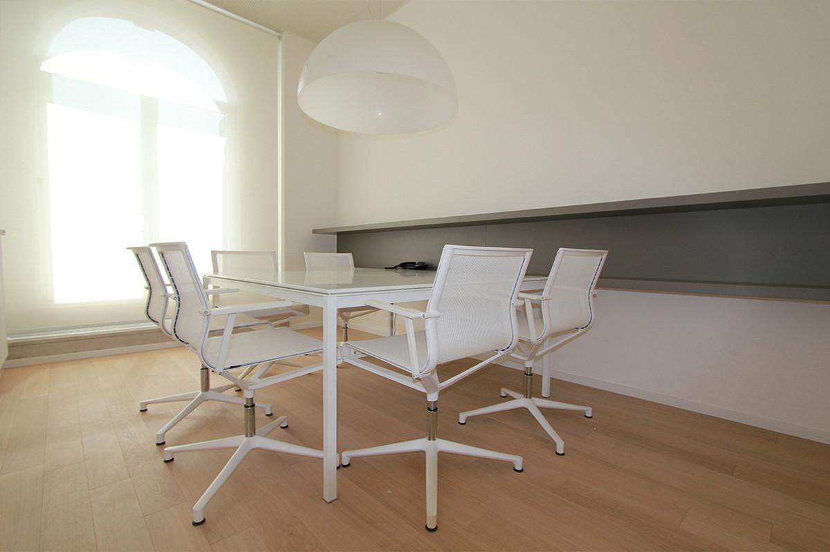 Otto-around-design-interior-arredo-studio-legale-udine.hd.jpg