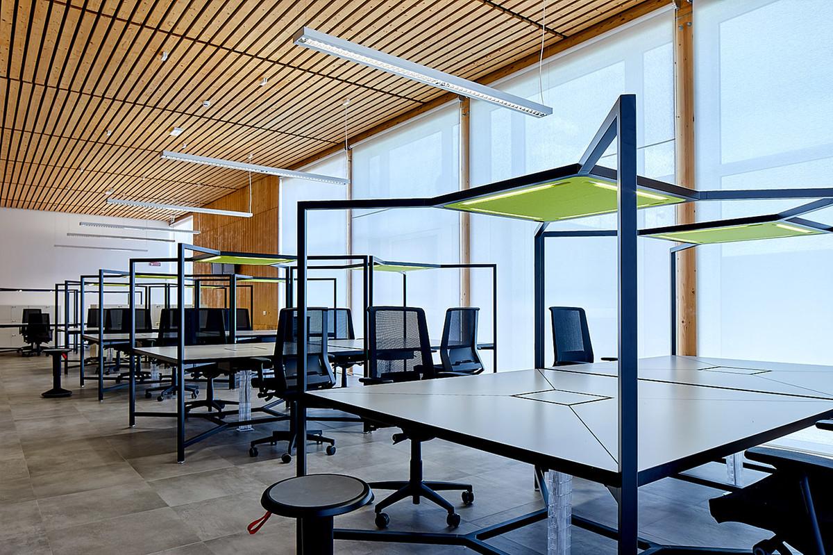 Otto-around-design-illuminazione-arredi-Pa-Group-Spa.hd.jpg