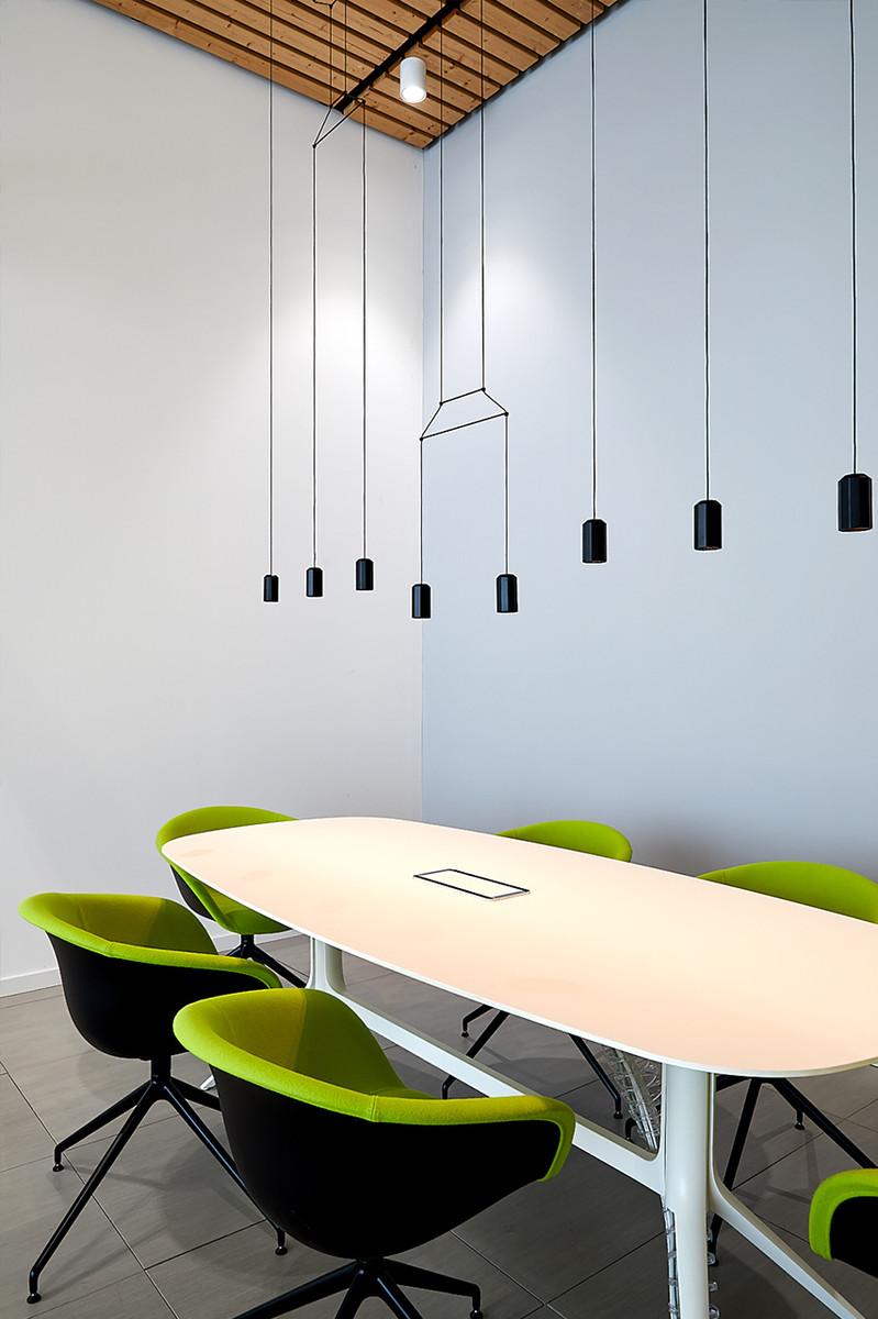 Otto-around-design-illuminazione-sedute-Pa-Group-Spa.hd.jpg