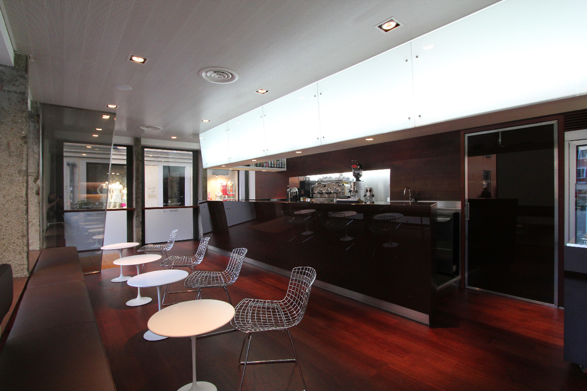 Otto-around-design-pareti-vetrate-caffè-beltrame.hd.jpg