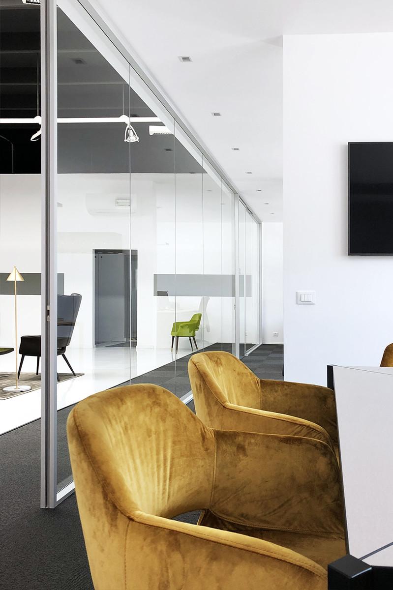 Otto-around-design-progetto-arredamento-vetrate-torre.hd.jpg