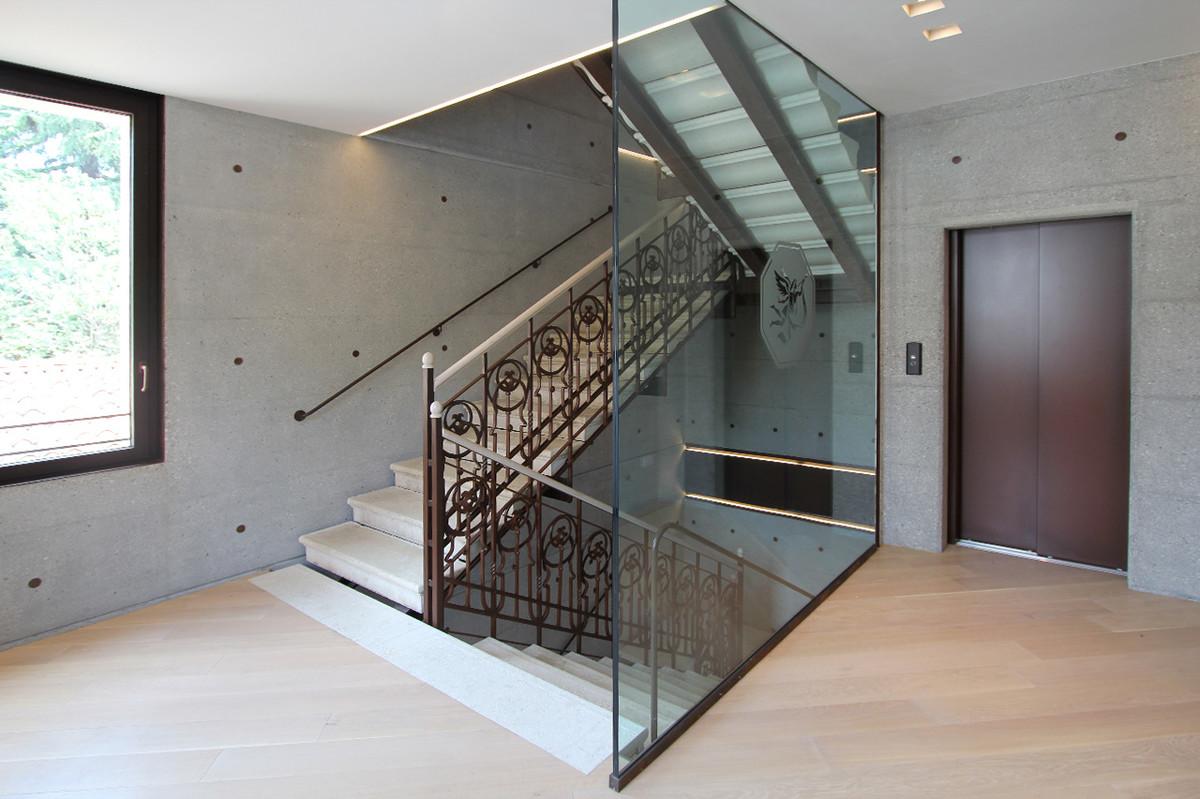 Otto-around-design-interior-ferro-vetrata-Bpv-Tv.hd.jpg