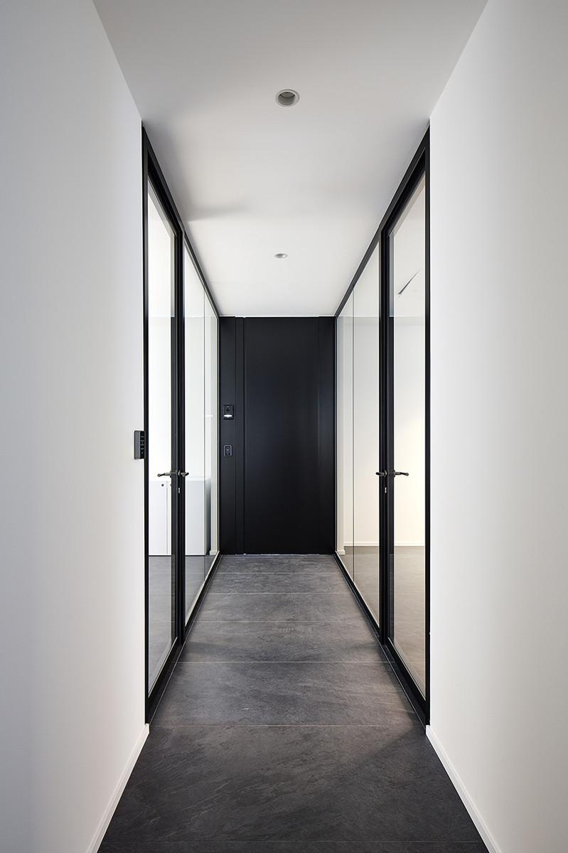 Otto-around-design-architettura-interior-Riel-srl.hd.jpg