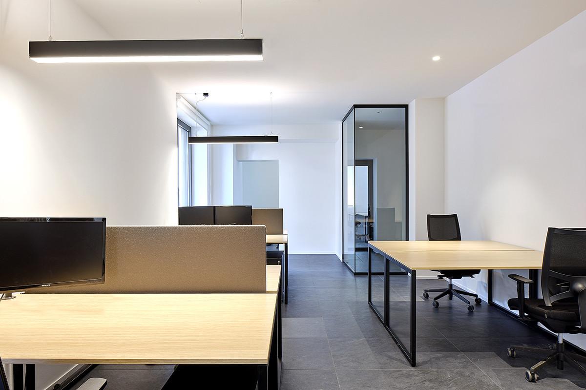 Otto-around-design-interior-office-Riel-srl.hd.jpg